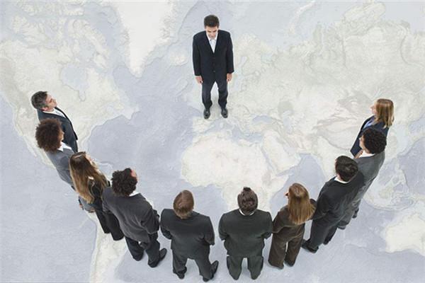 創業公司聘用他人出任CEO是否正確