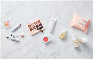 10倍加价4亿用户千亿市场,美妆市场现在入局有搞头吗?