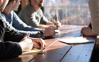 那些成功拿融資的人,都在商業計劃書里寫些什么?